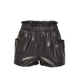 Aritzia Wilfred Cannes faux leather shorts